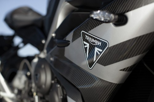 2019-Triumph-Daytona-Moto2-765-Limited-Edition-1.jpg