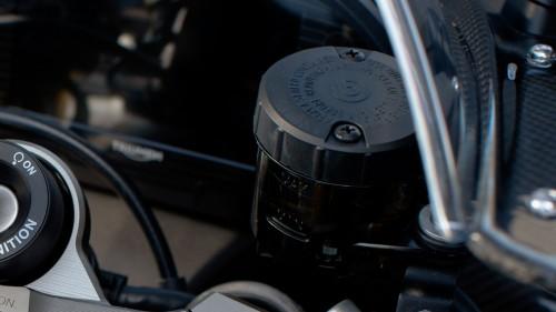 daytona-usa-20my-born-in-glory-brembo-master-cylinder-1410x793px.jpg